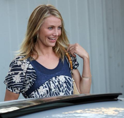 Cameron Diaz - Beverly Hills - CINEMA: CAMERON DIAZ TORNA AL CINEMA CON UN HORROR