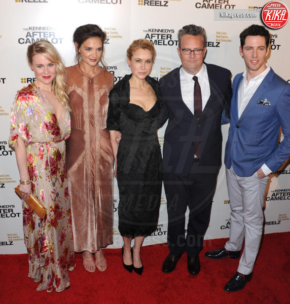 Brett Donahue, Kristen Hager, Kristin Booth, Katie Holmes, Matthew Perry - Beverly Hills - 15-03-2017 - Katie Holmes e Matthey Perry sono The Kennedys: after Camelot