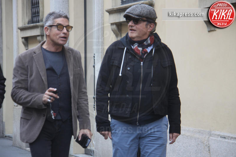 Giorgio Restelli, Christian De Sica - Milano - 17-03-2017 - Prima del teatro, Christian De Sica si dedica alle compere