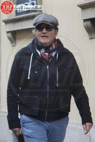Christian De Sica - Milano - 17-03-2017 - Prima del teatro, Christian De Sica si dedica alle compere