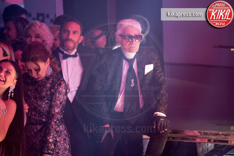 ballo della rosa, Karl Lagerfeld - Monaco - 18-03-2017 - Beatrice e Charlotte, le Casiraghi regine del Ballo della Rosa