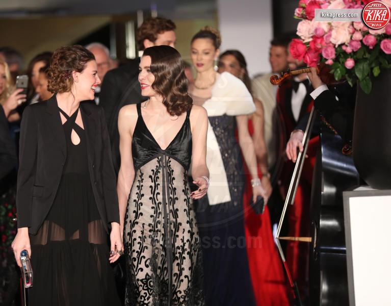 ballo della rosa, Juliette Maillot, Charlotte Casiraghi, Beatrice Borromeo - Monaco - 18-03-2017 - Beatrice e Charlotte, le Casiraghi regine del Ballo della Rosa