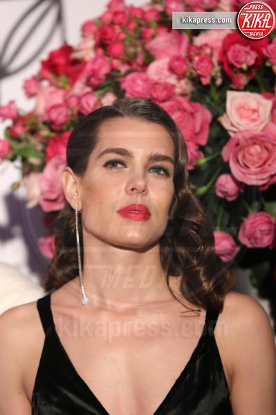 ballo della rosa, Charlotte Casiraghi - Monaco - 18-03-2017 - Beatrice e Charlotte, le Casiraghi regine del Ballo della Rosa