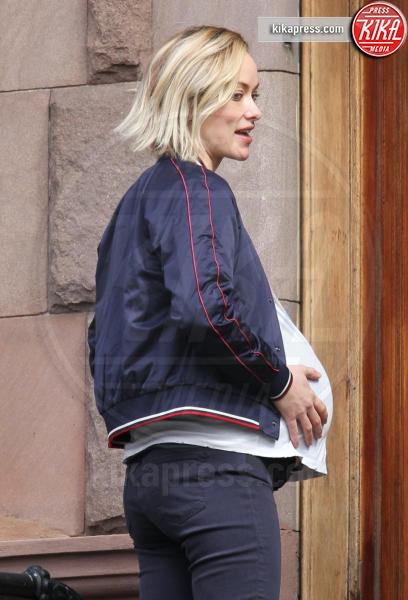 Olivia Wilde - New York - 22-03-2017 - Olivia Wilde ancora incinta! Ma questa volta c'è il trucco