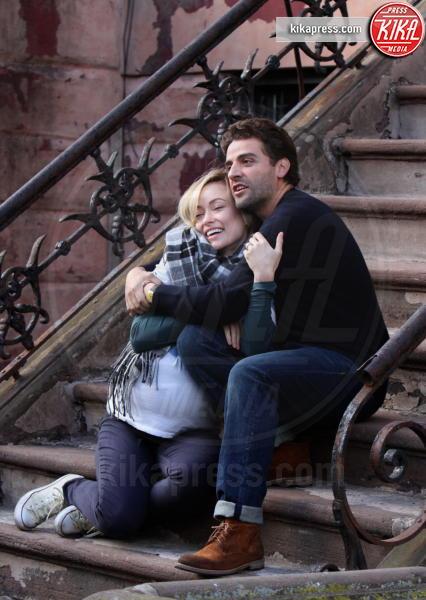 Oscar Isaac, Olivia Wilde - New York - 23-03-2017 - Olivia Wilde ancora incinta! Ma questa volta c'è il trucco