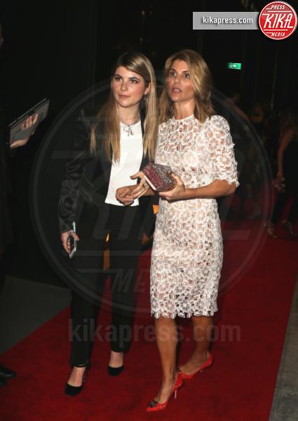 Bella Giannulli, Olivia Giannulli, Lori Loughlin - Los Angeles - 23-03-2017 - Le donne di Sylvester Stallone in fiore al party Dolce & Gabbana