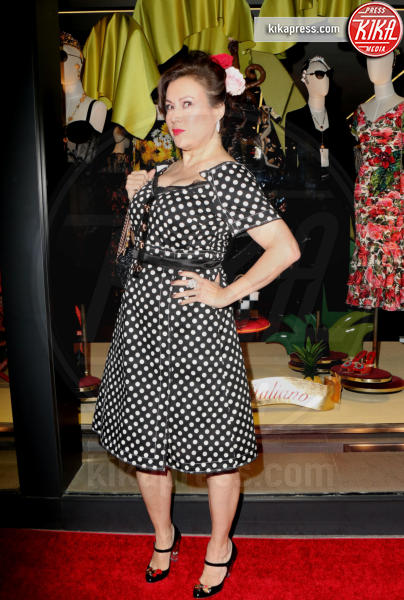 Jennifer Tilly - Los Angeles - 23-03-2017 - Le donne di Sylvester Stallone in fiore al party Dolce & Gabbana