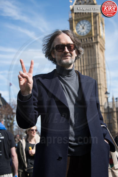 Protesta anti Brexit, Jarvis Cocker, Atmosphere - Londra - 25-03-2017 - Londra: un oceano in movimento contro la Brexit