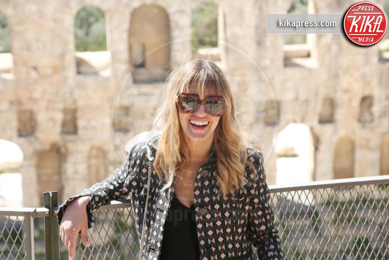 Sveva Alviti - Atene - 24-03-2017 - Sveva Alviti nel tempio degli Dei grazie a Dalida