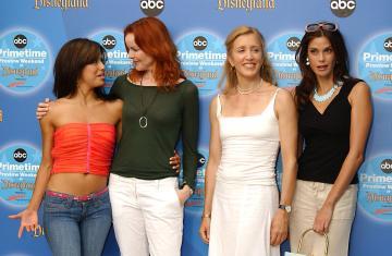 Felicity Huffman, Teri Hatcher, Marcia Cross, Eva Longoria - Anaheim - 11-09-2004 - Eva Longoria torna in tv con Telenovela
