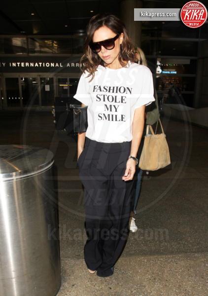 Victoria Beckham - LAX - 28-03-2017 - Altro che social, per comunicare si usano le magliette!