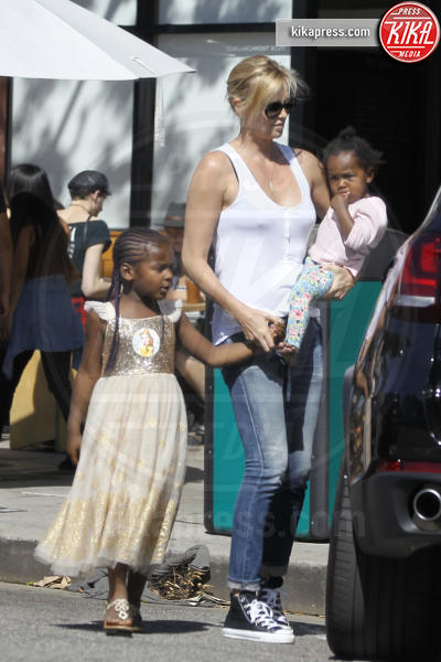 August Theron, Jackson Theron, Charlize Theron - Los Angeles - 28-03-2017 - Theron shock: