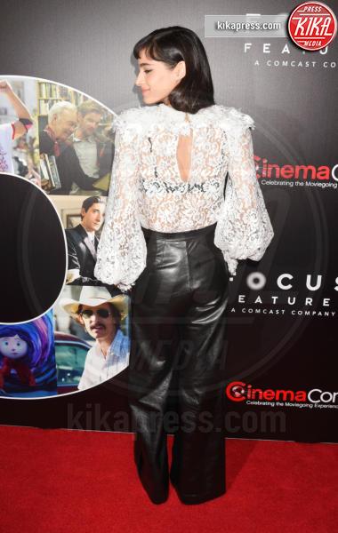 Sofia Boutella - Los Angeles - 29-03-2017 - Chi lo indossa meglio? Charlize Theron e Kirsten Dunst in Gucci