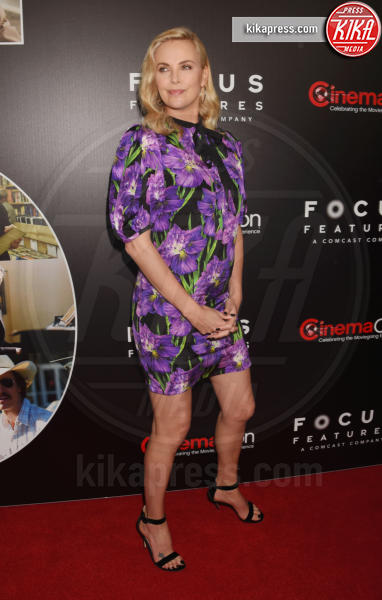 Charlize Theron - Los Angeles - 29-03-2017 - Chi lo indossa meglio? Charlize Theron e Kirsten Dunst in Gucci