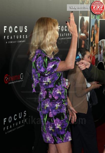 Charlize Theron - Las Vegas - 29-03-2017 - Chi lo indossa meglio? Charlize Theron e Kirsten Dunst in Gucci