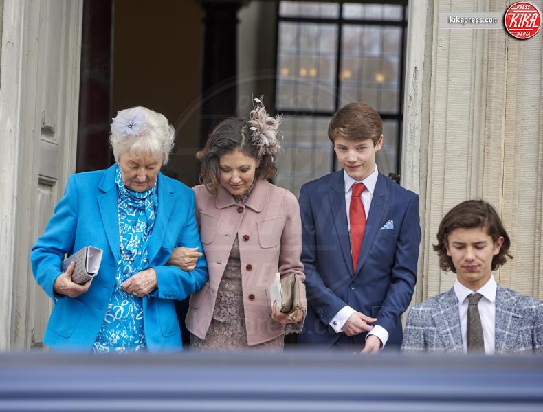 Prince Felix, Prince Nikolai, Prince Henrik, Contessa Alexandra, Regina Margrethe - Copenhagen - 01-04-2017 - Il principe Felix di Danimarca riceve la cresima