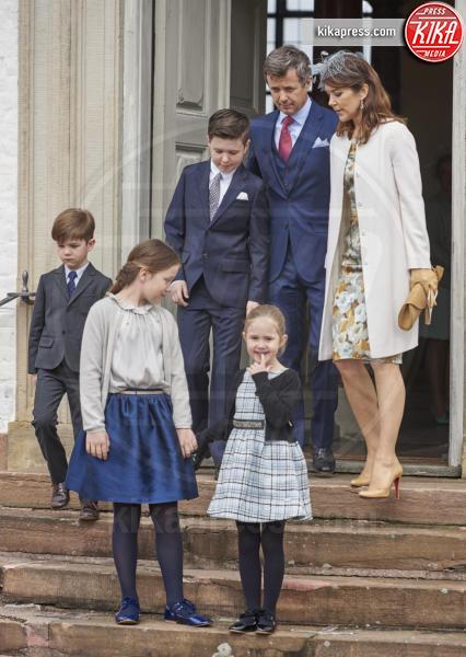 Prince Frederik, Prince Vincent, Prince Henrik, Principe Christian, Principessa Isabella, Principessa Josephine, Principessa Mary - Copenhagen - 01-04-2017 - Il principe Felix di Danimarca riceve la cresima