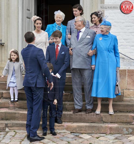 Principe Felix, Prince Henrik, Contessa Alexandra, Regina Margrethe, Principe Nikolai, Principe Joachim, Principe Henrik, Principessa Marie di Danimarca - Copenhagen - 01-04-2017 - Il principe Felix di Danimarca riceve la cresima