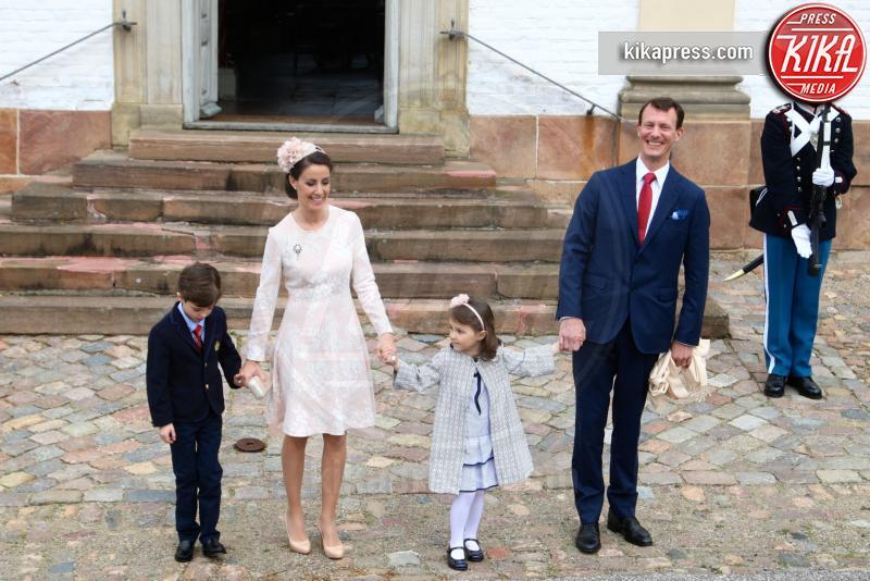 Princess Marie, Prince Henrik, Principessa Athena, Principe Joachim - 01-04-2017 - Il principe Felix di Danimarca riceve la cresima