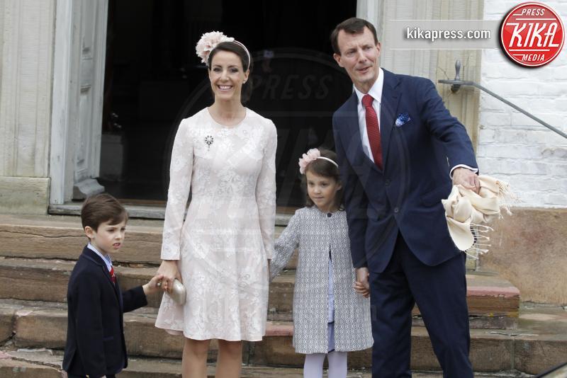 Princess Marie, Prince Henrik, Principessa Athena - 01-04-2017 - Il principe Felix di Danimarca riceve la cresima