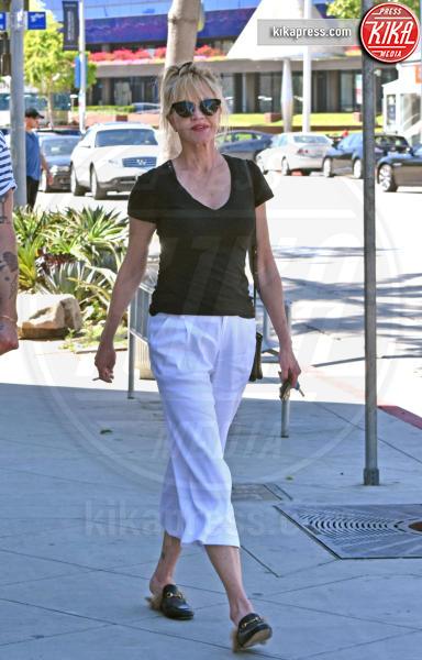 Melanie Griffith - West Hollywood - 31-03-2017 - Chiara Ferragni e Gigi Hadid cercano il pelo... nelle pantofole!