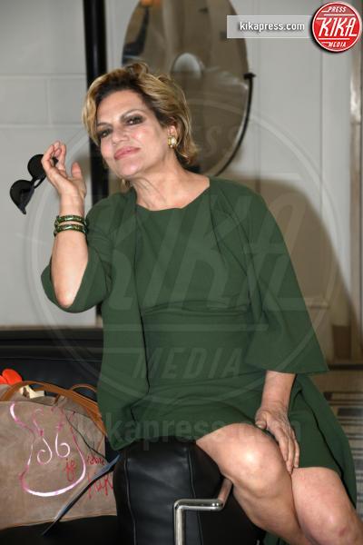 Cristina Donadio - Napoli - 01-04-2017 - Veronica Maya, bella in rosa alla sfilata di Alessio Visone