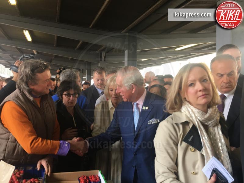 Principe Carlo, Camilla Parker Bowles - Firenze - 03-04-2017 - Carlo e Camilla apprezzano molto le fragoline fiorentine!