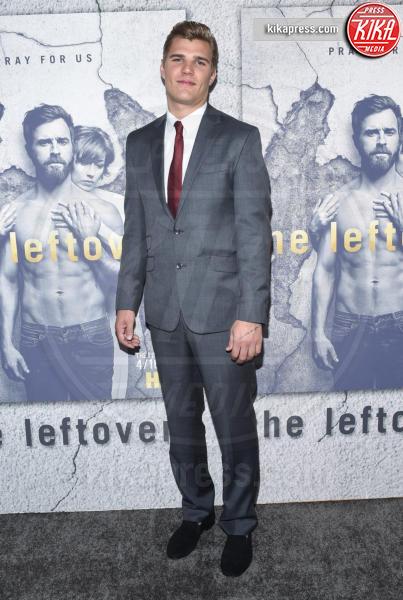 Chris Zylka - Hollywood - 04-04-2017 - Jennifer e Justin alla premiere di The Leftovers: e la crisi?