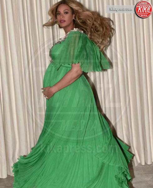 Beyonce Knowles - 11-04-2017 - Chi lo indossa meglio? Beyoncé e Lupita Nyong'o