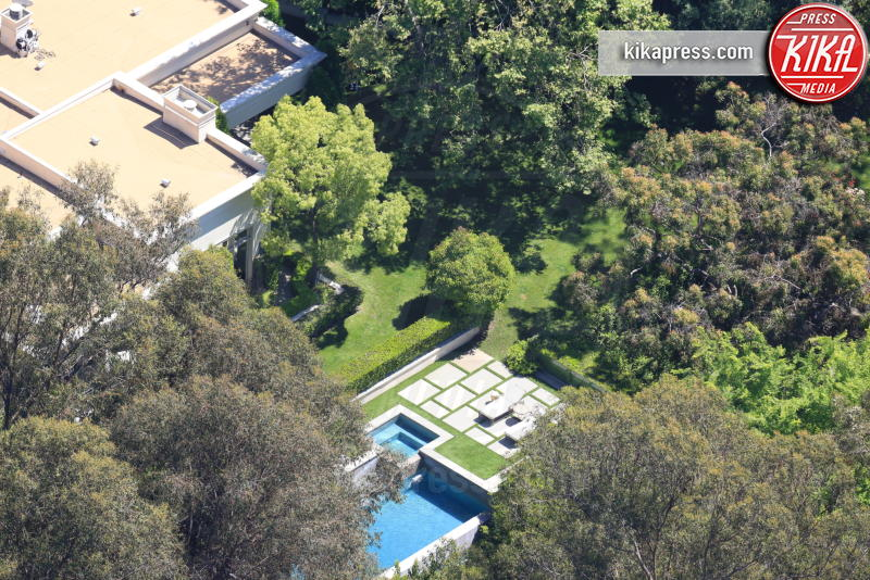 Katy Perry - Beverly Hills - 14-04-2017 - Katy Perry, nuova villa da 19 milioni di dollari a Beverly Hills