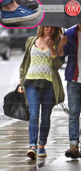 Tom Sturridge, Sienna Miller - Londra - 07-06-2012 - Le scarpe preferite di Kate Middleton? Sono italiane