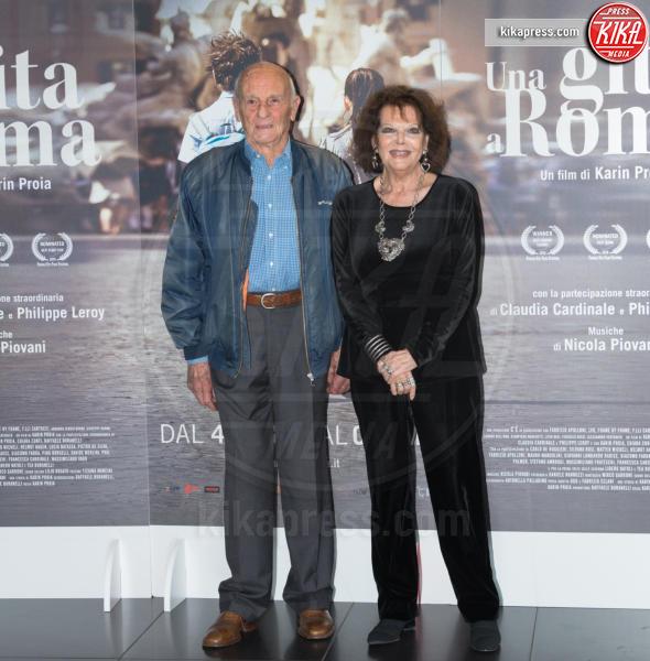 Philippe Leroy, Claudia Cardinale - Roma - 18-04-2017 - Claudia Cardinale si fa Una Gita a Roma