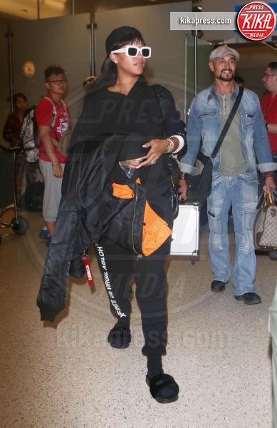Rihanna - LA - 18-08-2017 - Chiara Ferragni e Gigi Hadid cercano il pelo... nelle pantofole!