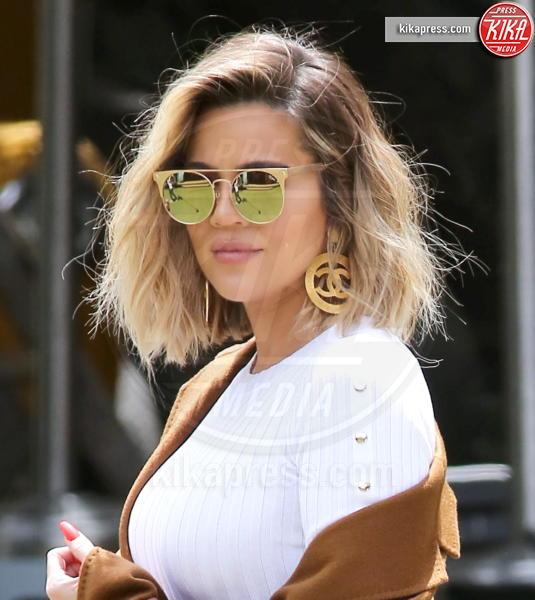 Khloe Kardashian - Malibu - 25-04-2017 - Miniera Instagram: quanto vengono pagati i post delle star?