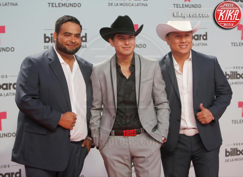 Ulices Chaidez y Sus Plebes - Coral Gables - 28-04-2017 - Billboard Latin Music Awards: J Lo cambia look, ma è sempre sexy