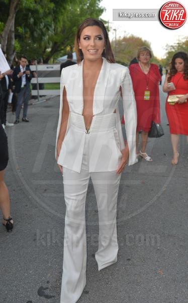 Eva Longoria - Coral Gables - 28-04-2017 - Billboard Latin Music Awards: J Lo cambia look, ma è sempre sexy