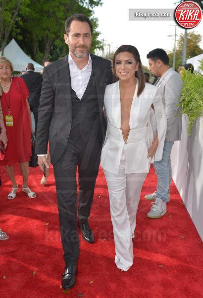 Jose Baston, Eva Longoria - Coral Gables - 28-04-2017 - Billboard Latin Music Awards: J Lo cambia look, ma è sempre sexy