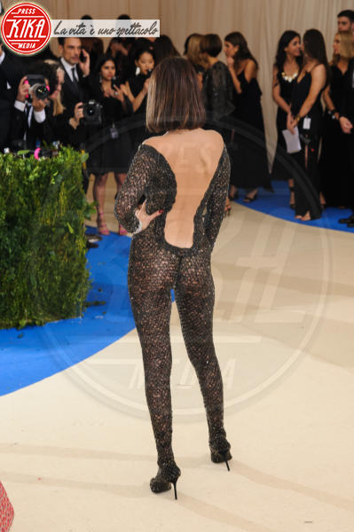 Bella Hadid - New York - 02-05-2017 - Met Gala: Rihanna la più eccentrica, loro le più sexy