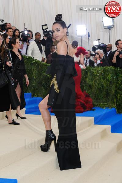 Hailee Steinfeld - New York - 02-05-2017 - Met Gala: Rihanna la più eccentrica, loro le più sexy