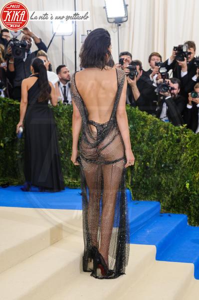 Kendall Jenner - New York - 02-05-2017 - Met Gala: Rihanna la più eccentrica, loro le più sexy