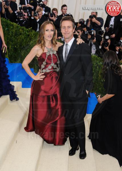 Shauna Robertson, Edward Norton - New York - 02-05-2017 - Met Gala: Rihanna la più eccentrica, loro le più sexy