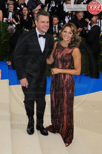 Luciana Barroso, Matt Damon - New York - 02-05-2017 - Met Gala: Rihanna la più eccentrica, loro le più sexy