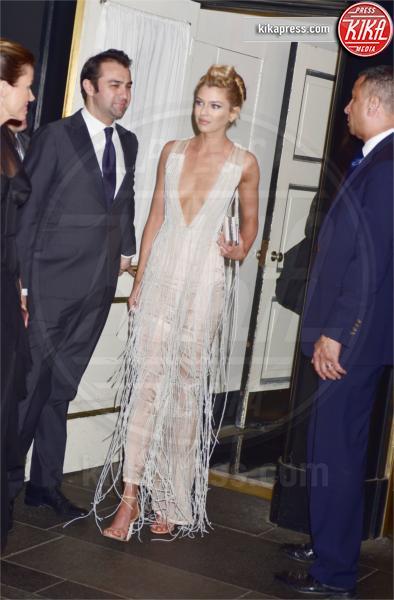 Stella Maxwell - New York - 01-05-2017 - Met Gala: Rihanna la più eccentrica, loro le più sexy
