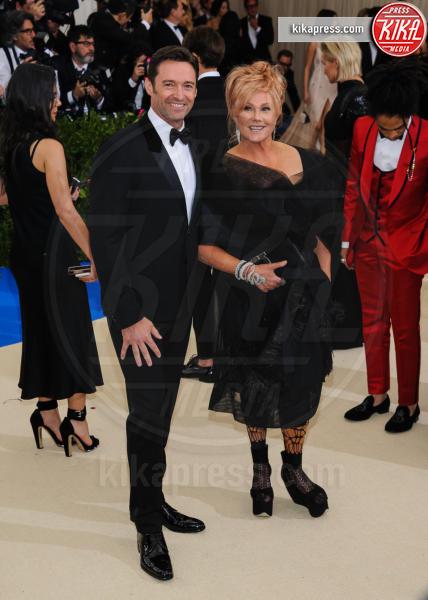 Deborra Lee Furness, Hugh Jackman - New York - 02-05-2017 - Met Gala: Rihanna la più eccentrica, loro le più sexy