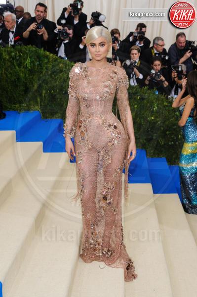 Kylie Jenner - New York - 02-05-2017 - Met Gala: Rihanna la più eccentrica, loro le più sexy