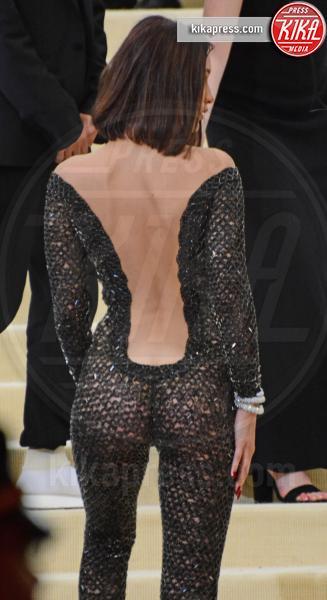 Bella Hadid - NYC - 02-05-2017 - Met Gala: Rihanna la più eccentrica, loro le più sexy