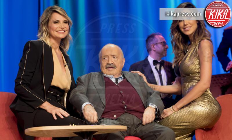 Maurizio Costanzo, Belen Rodriguez, Simona Ventura - Roma - Stefano De Martino ha un nuovo tatuaggio: che significato ha?