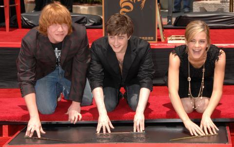 Emma Watson, Daniel Radcliffe, Rupert Grint - Hollywood - 08-07-2007 - JK Rowling scrive il prequel di Harry Potter per beneficenza