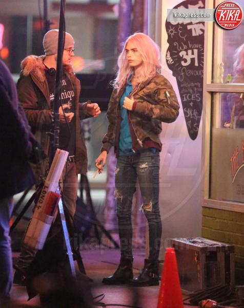 Cara Delevigne - Toronto - 10-05-2017 - Cara Delevingne, cos'hai fatto ai capelli?
