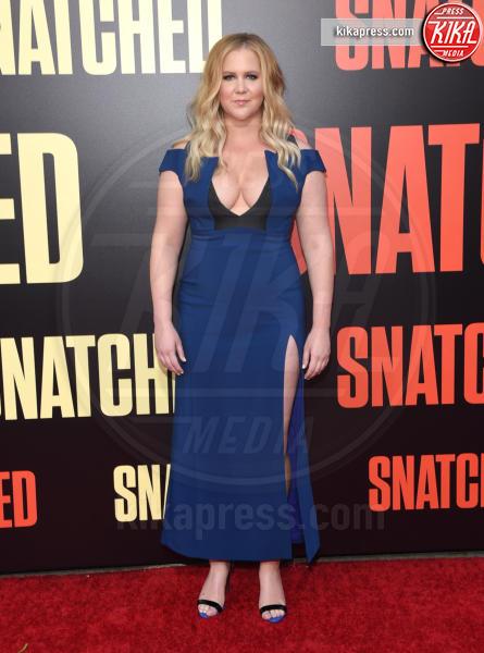 Amy Schumer - Westwood - 10-05-2017 - Kate Hudson-Danny Fujikawa, public debut alla prima di Snatched
